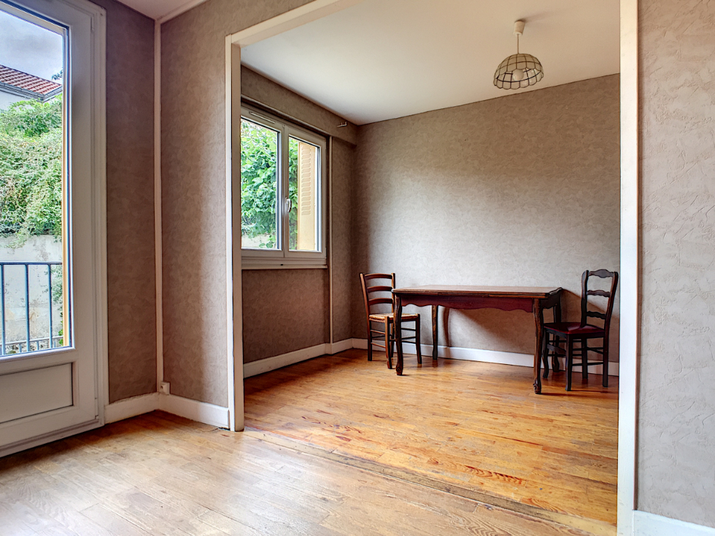 Appartement Clermont Ferrand proche Galaxie 70 m2
